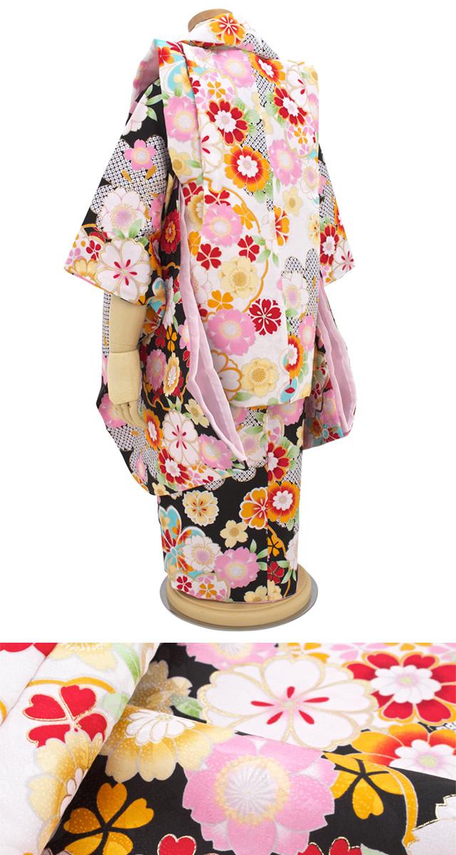 明るいお花柄の3歳女児の被布着物セット
