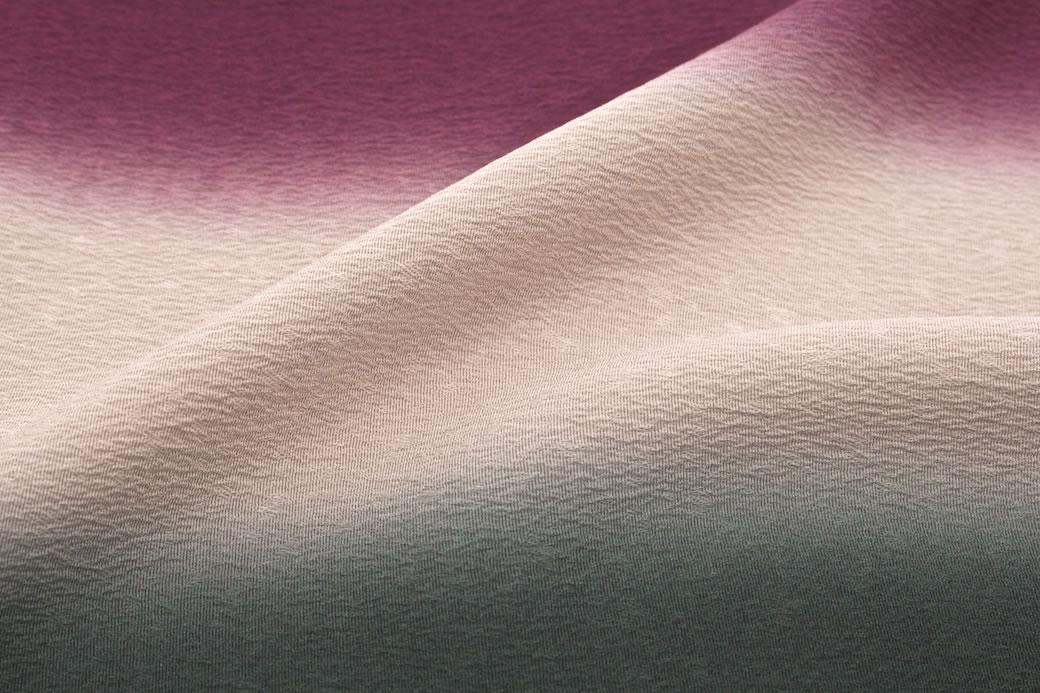 色無地や小紋を華やかに彩る正絹の帯揚げ