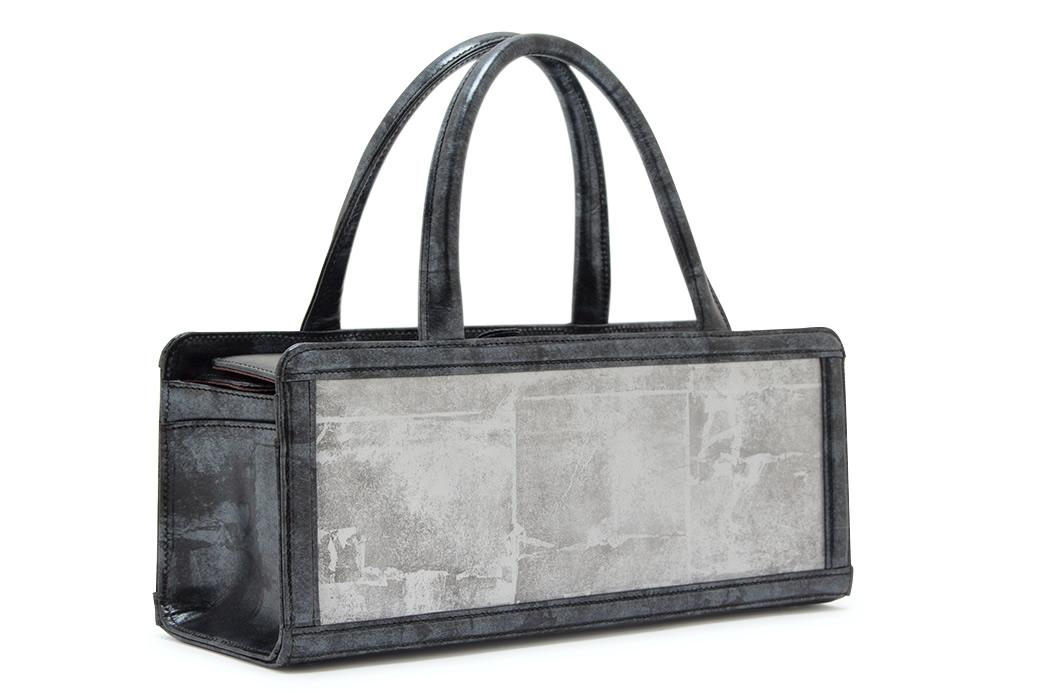 和洋兼用のコーディネートに不可欠な着物バッグ