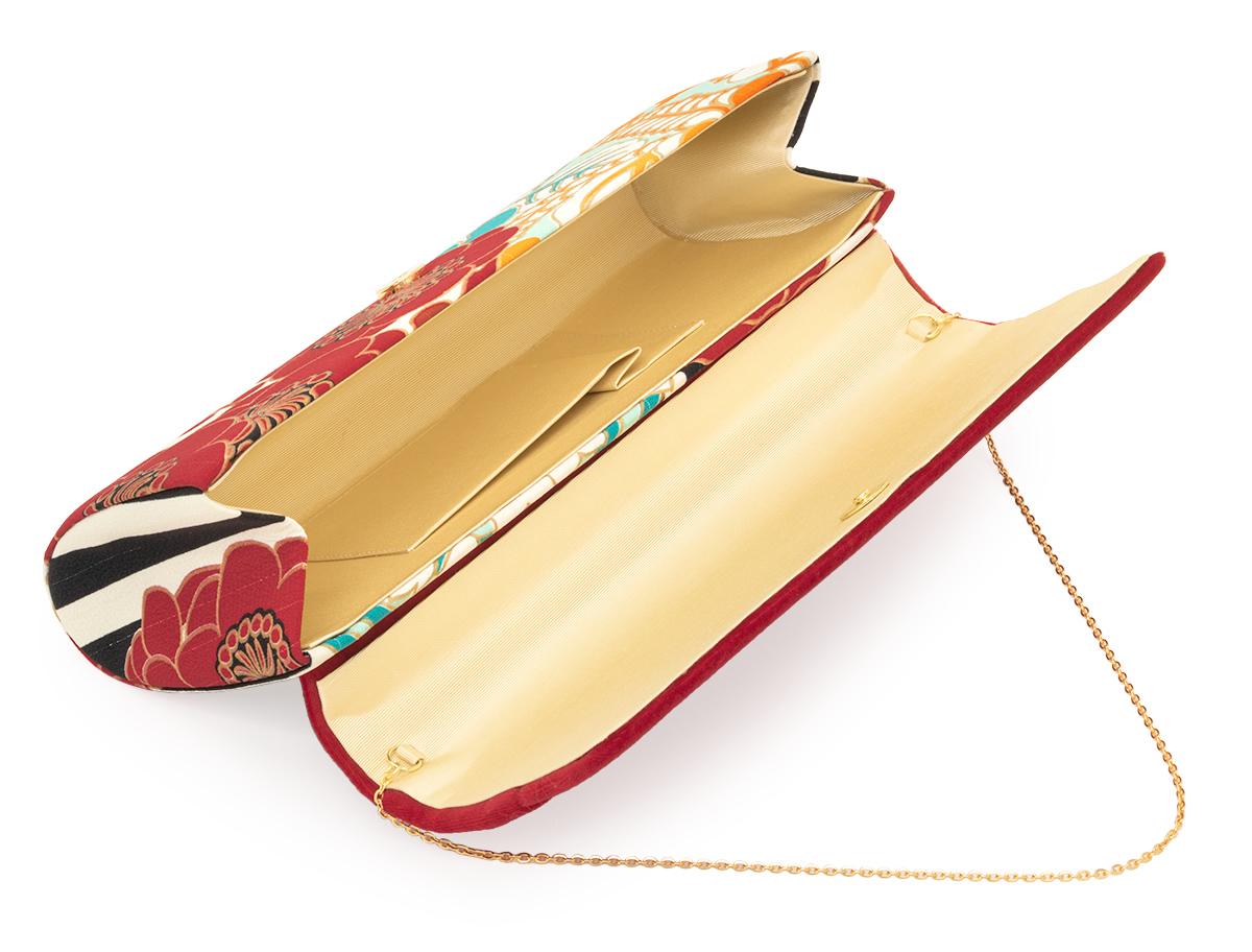 小物が入って実用的な和装用の着物バッグ