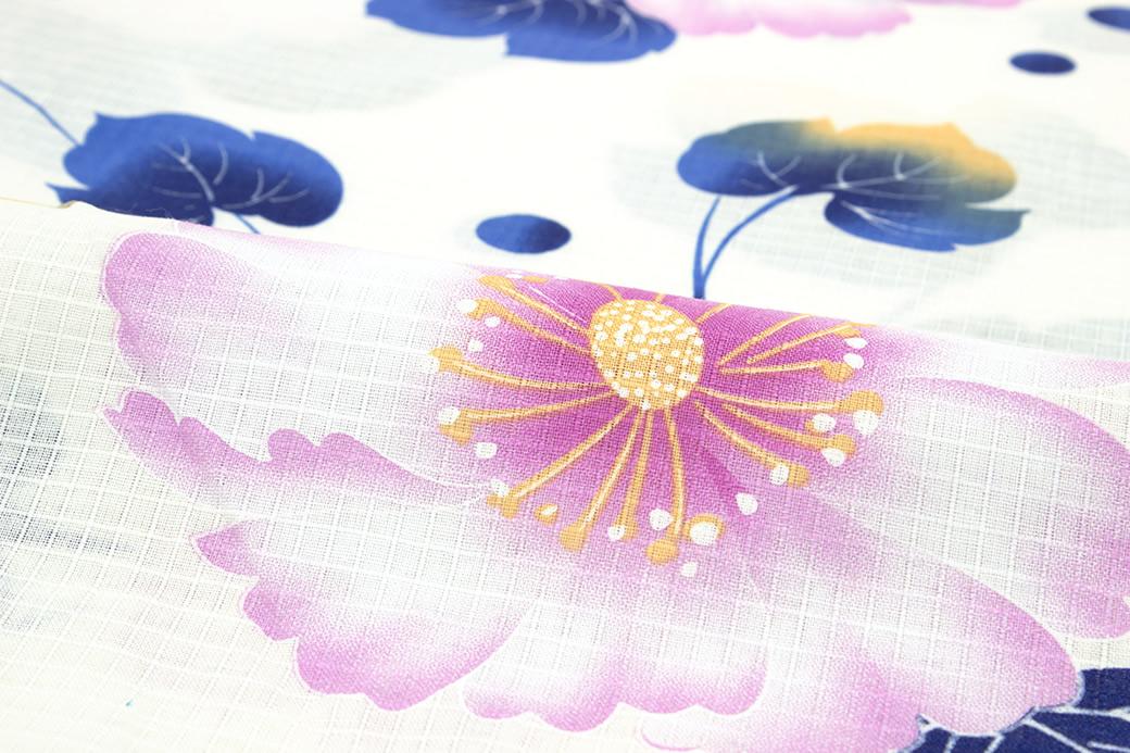 夏祭りや花火大会におすすめな女性向けの浴衣