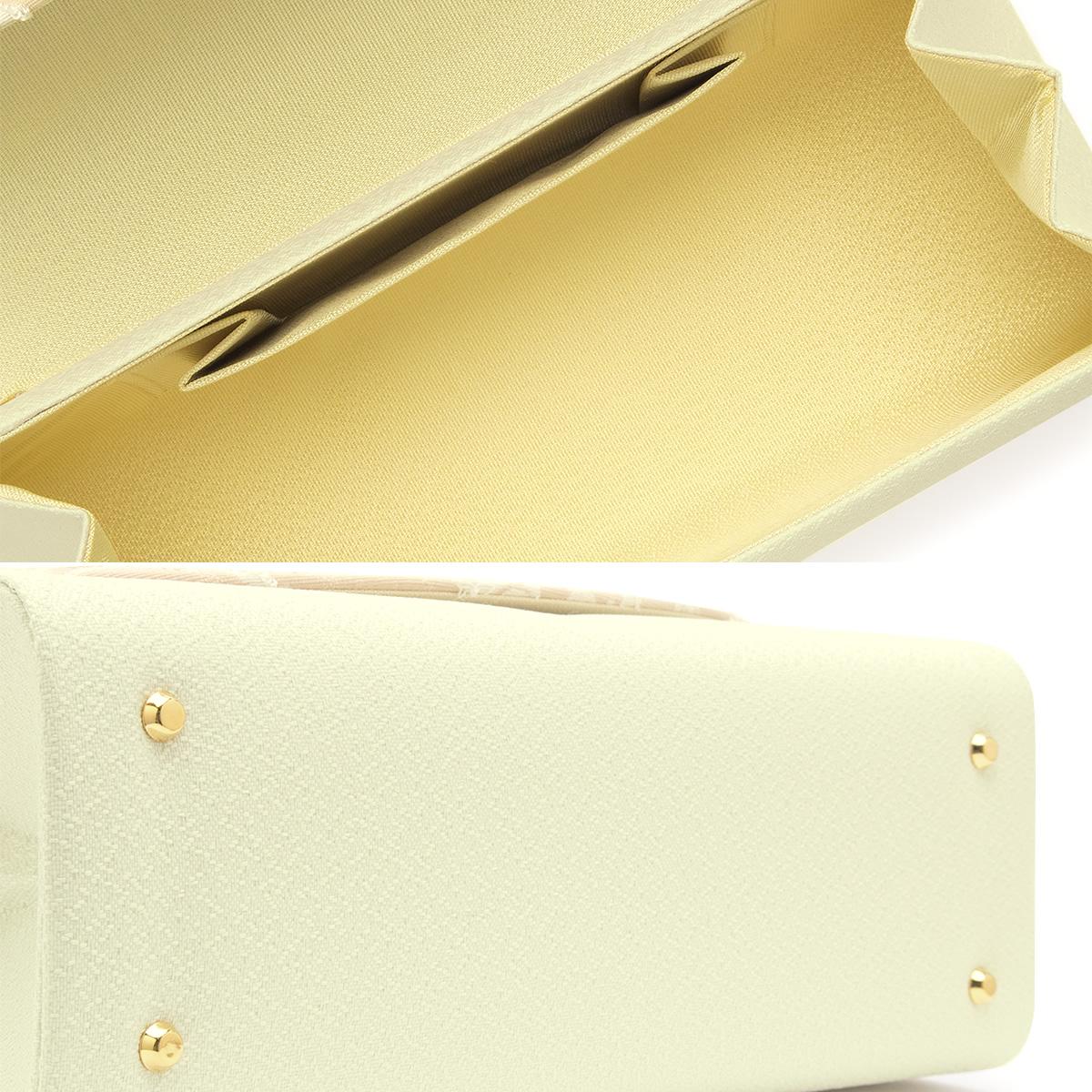 小物が入って実用的な和装用の草履バッグセット