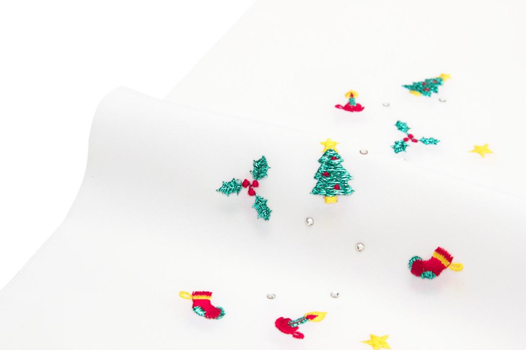 クリスマスにピッタリな女性半衿