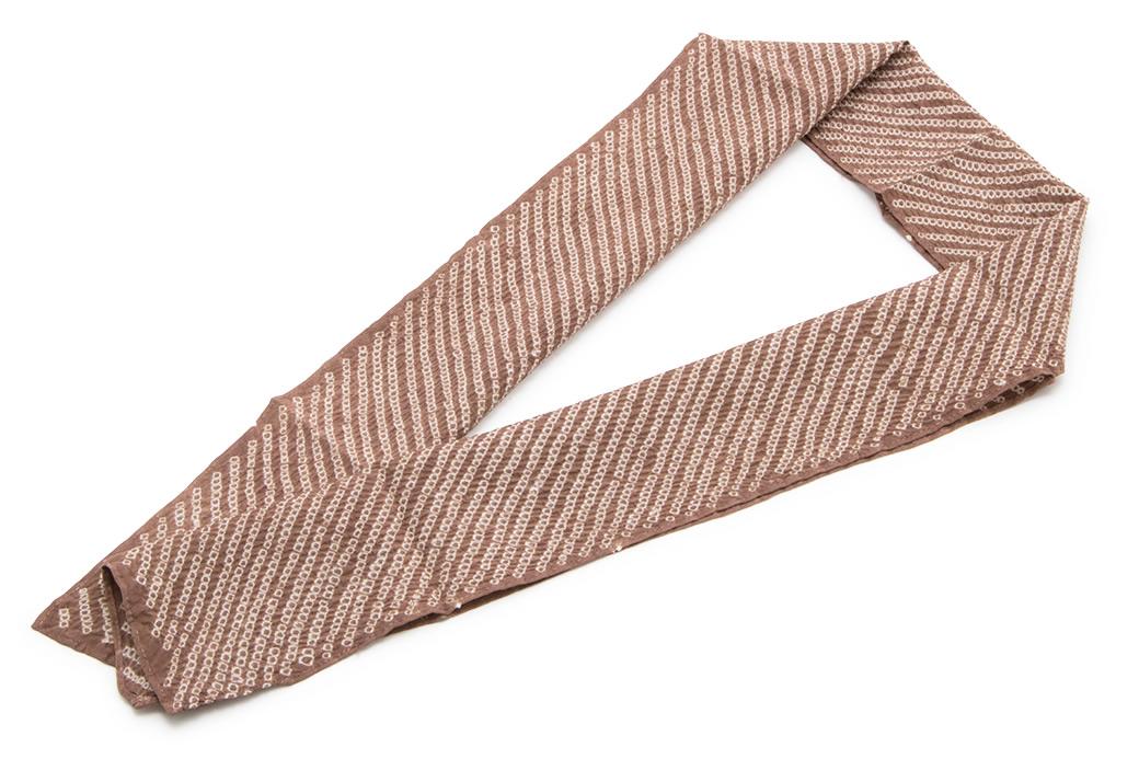 カジュアルな着物におすすめな女性半衿