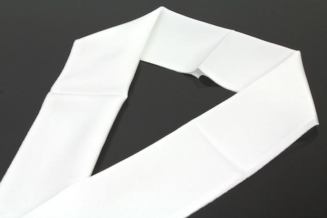 無地白半衿