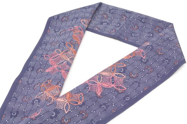 豪華な刺繍半襟