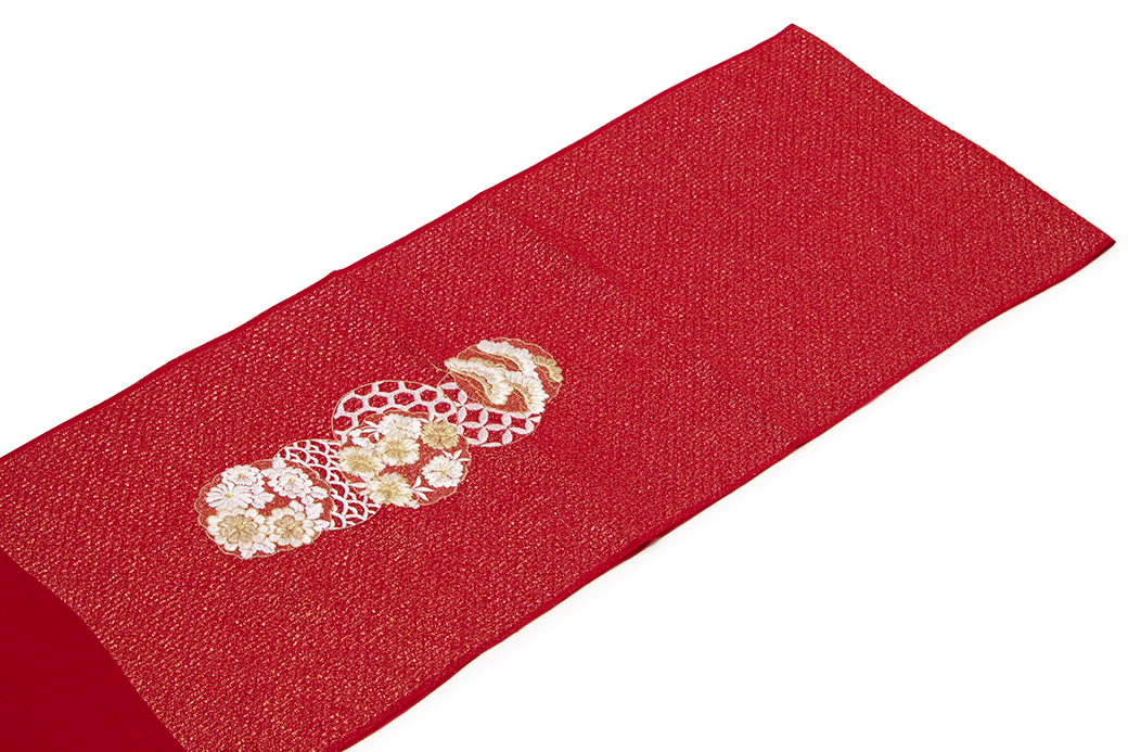成人式や結婚式におすすめな正絹の帯揚げ