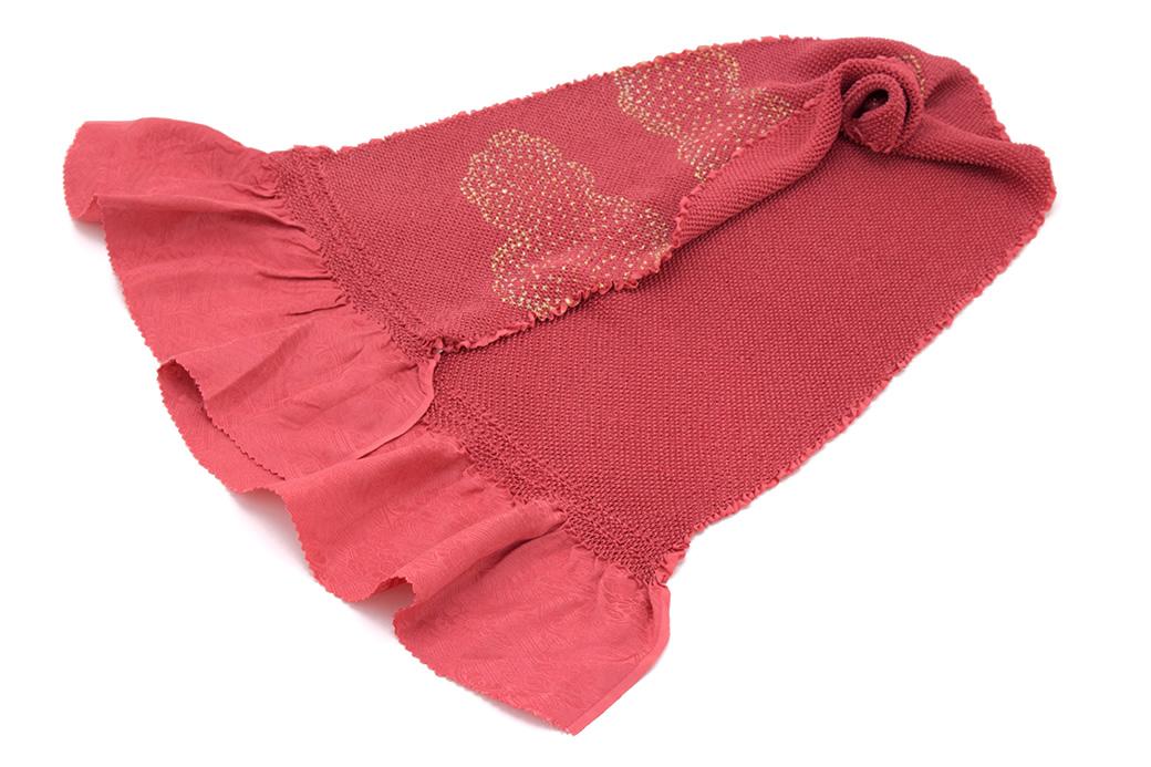肉厚で締めやすい正絹の帯揚げ