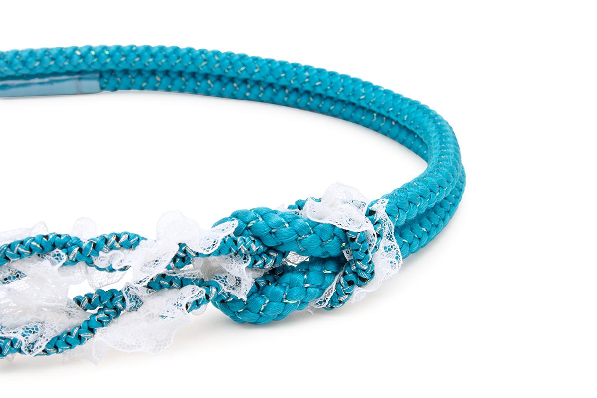 振袖を華やかに彩る正絹の帯締め