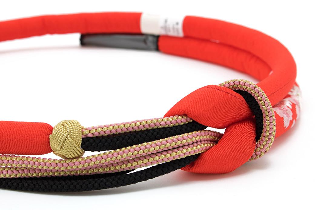 華やかな振袖におすすめな正絹の帯締め