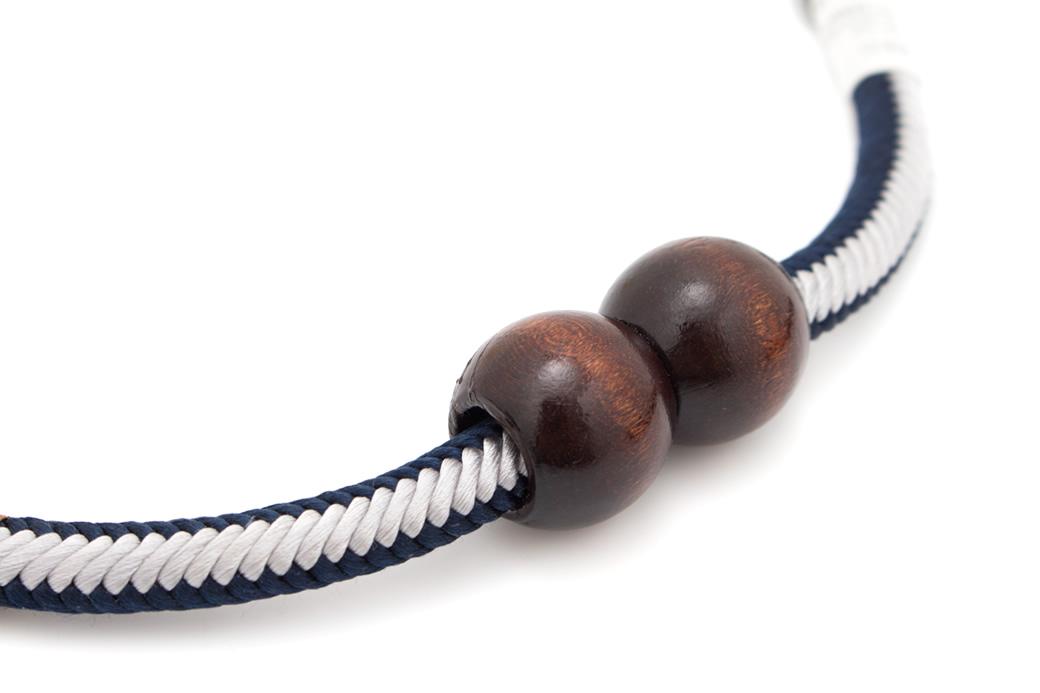 お出かけにおすすめなメンズ羽織紐