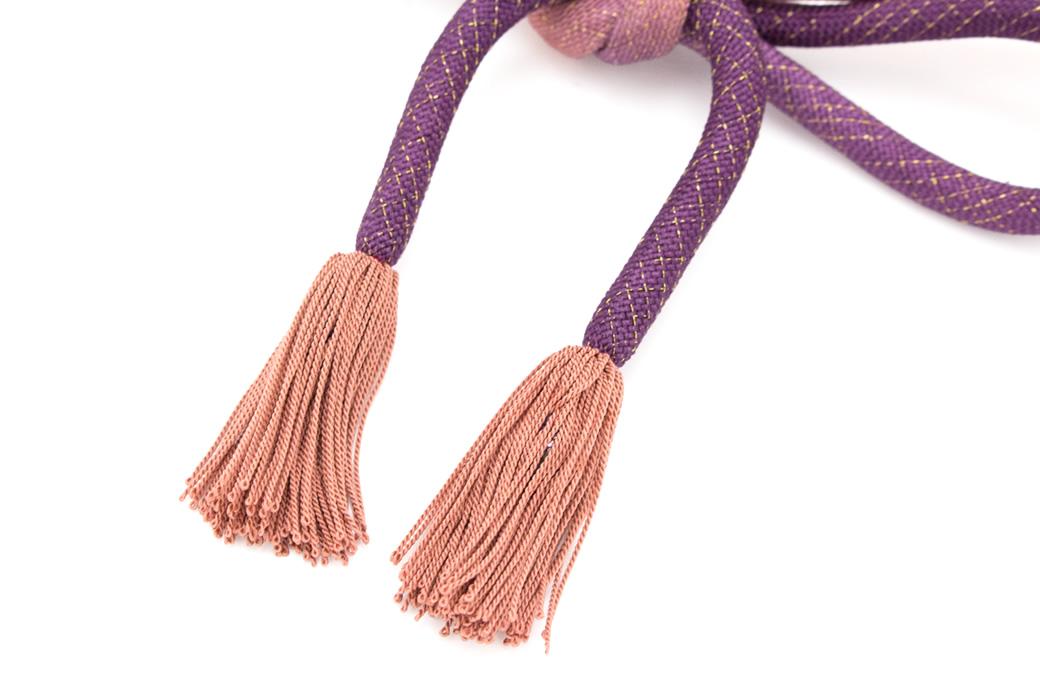 プレゼントに人気な和装小物(正絹羽織紐)