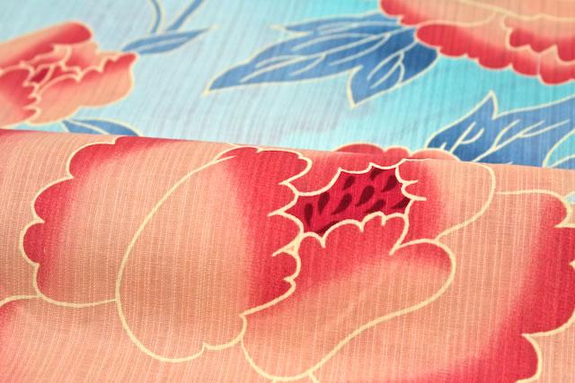涼しげな水色の地に、大輪の牡丹がデザインのレディース浴衣