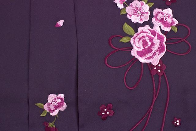 薔薇と桜の刺繍はかま