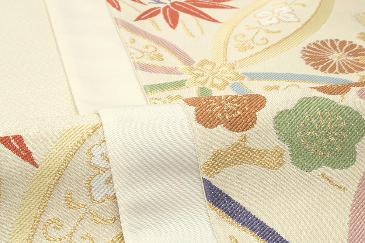 豪華な意匠の袋帯