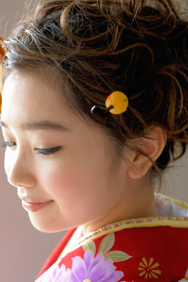 和柄縮緬の髪飾りセット(着用モデル:早川まいちゃん)