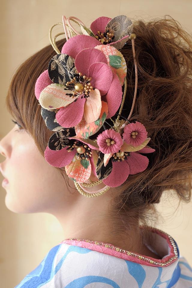 ピンク系,和柄生地を用いた髪飾り