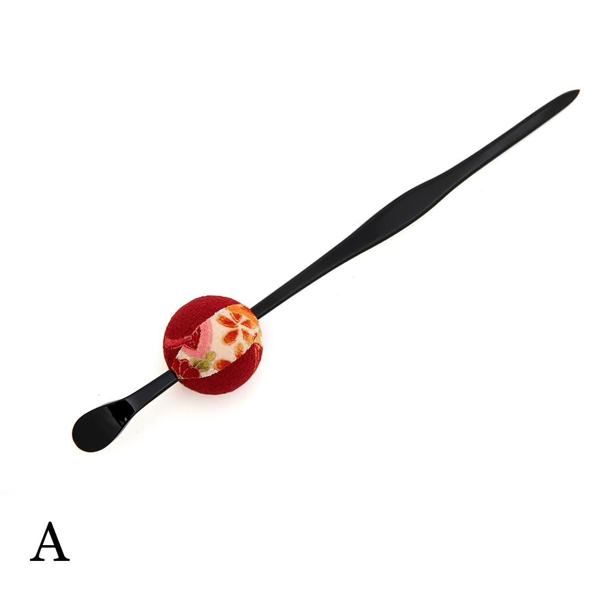 コーディネートにアクセント、玉簪(かんざし)