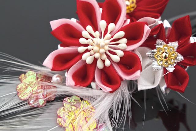3歳と7歳の七五三に☆つまみ細工の花の髪飾り
