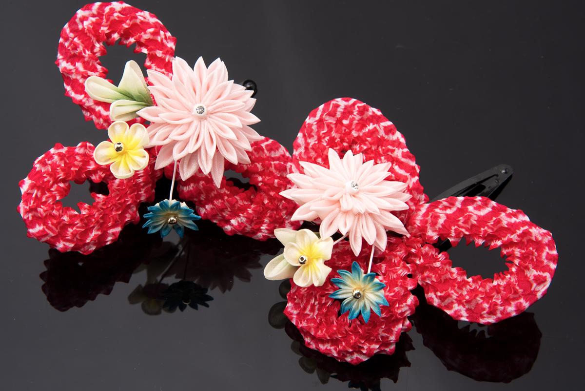 夏祭りや花火大会の浴衣にピッタリなつまみ細工の髪飾り