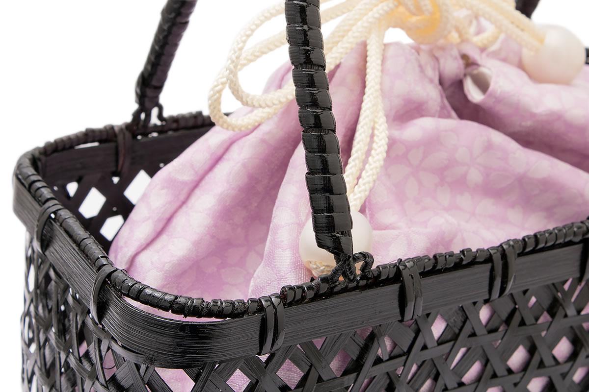 浴衣スタイルにおすすめなカゴ巾着バッグ
