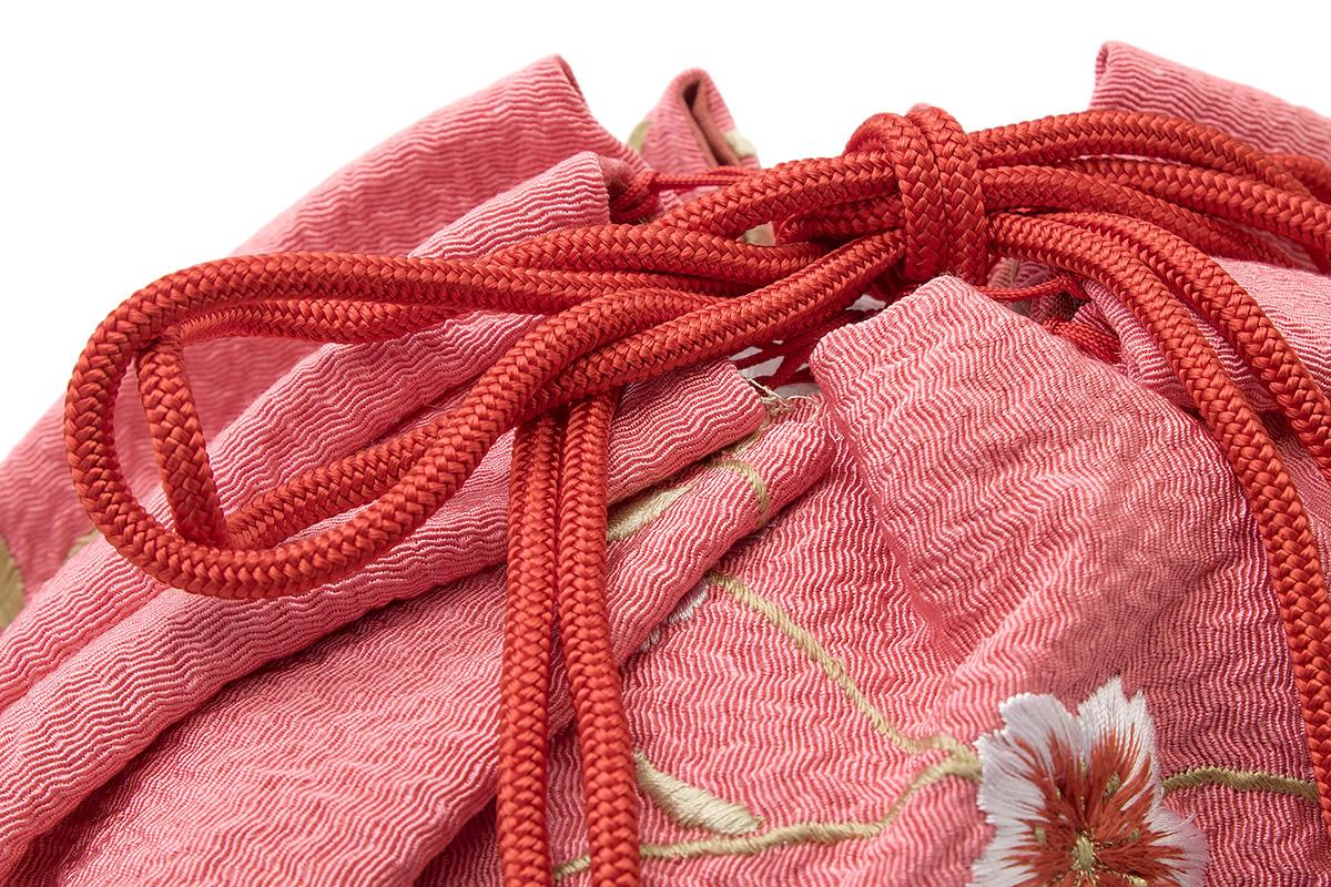 お祭りや花火大会に持つ尺籠巾着