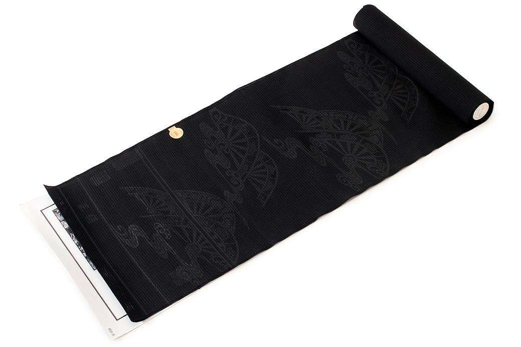シンプルで上品なデザインの黒共正絹九寸名古屋帯