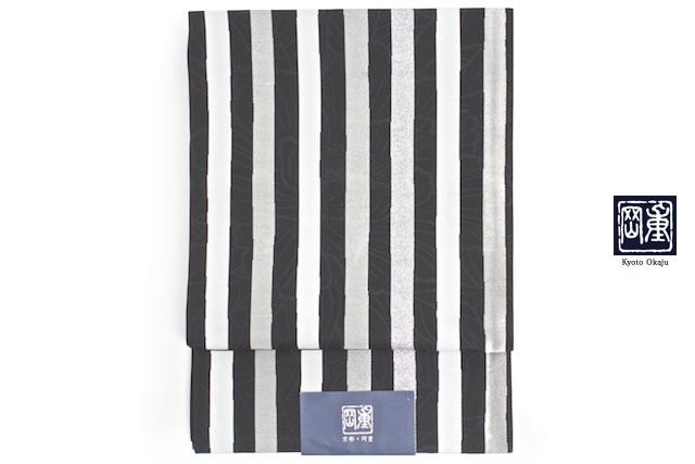 人気ブランド岡重の袋帯