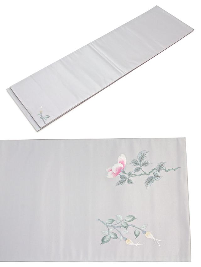 シルク100%の光沢が美しい花柄刺繍の高級正絹袋帯
