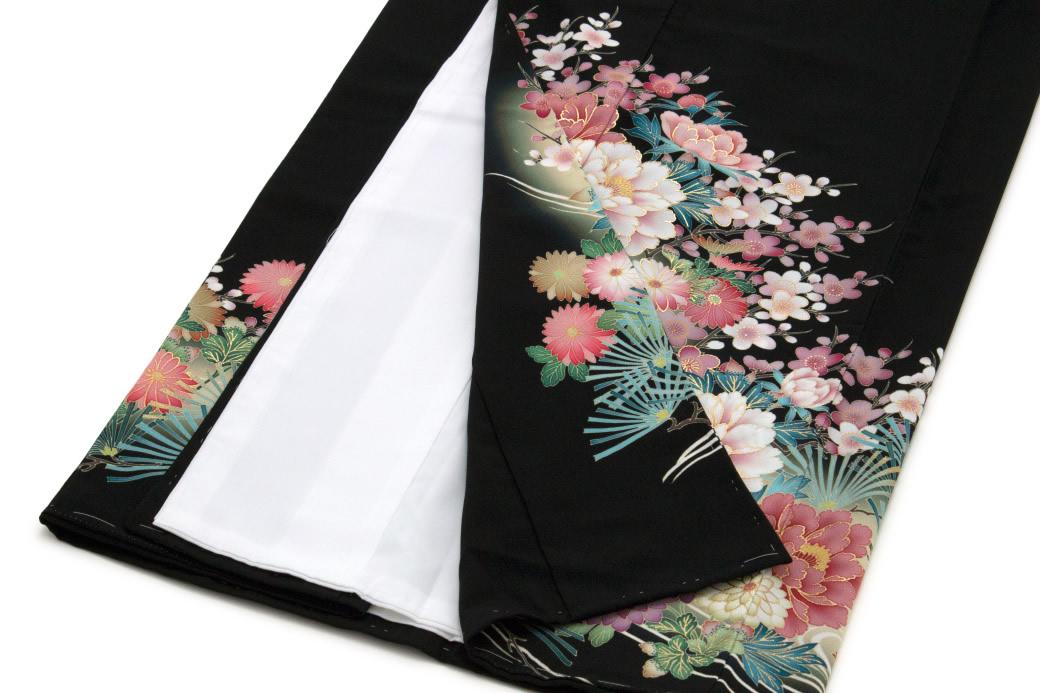 華やかな柄の留袖