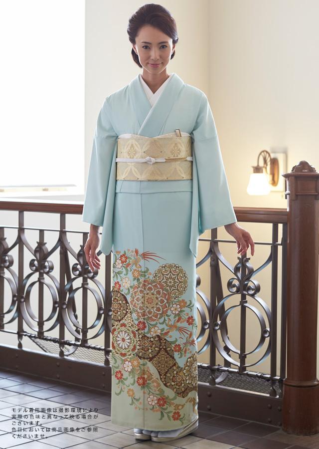 お手入れ簡単の高級感溢れる色留袖セット