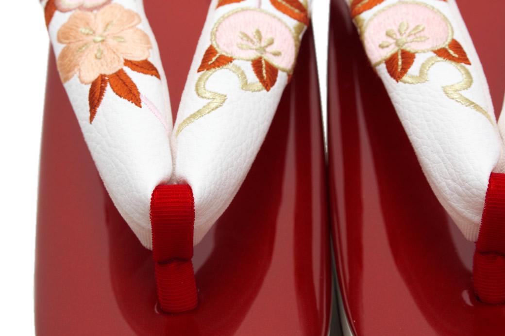 卒業式の袴におすすめな高級厚底草履