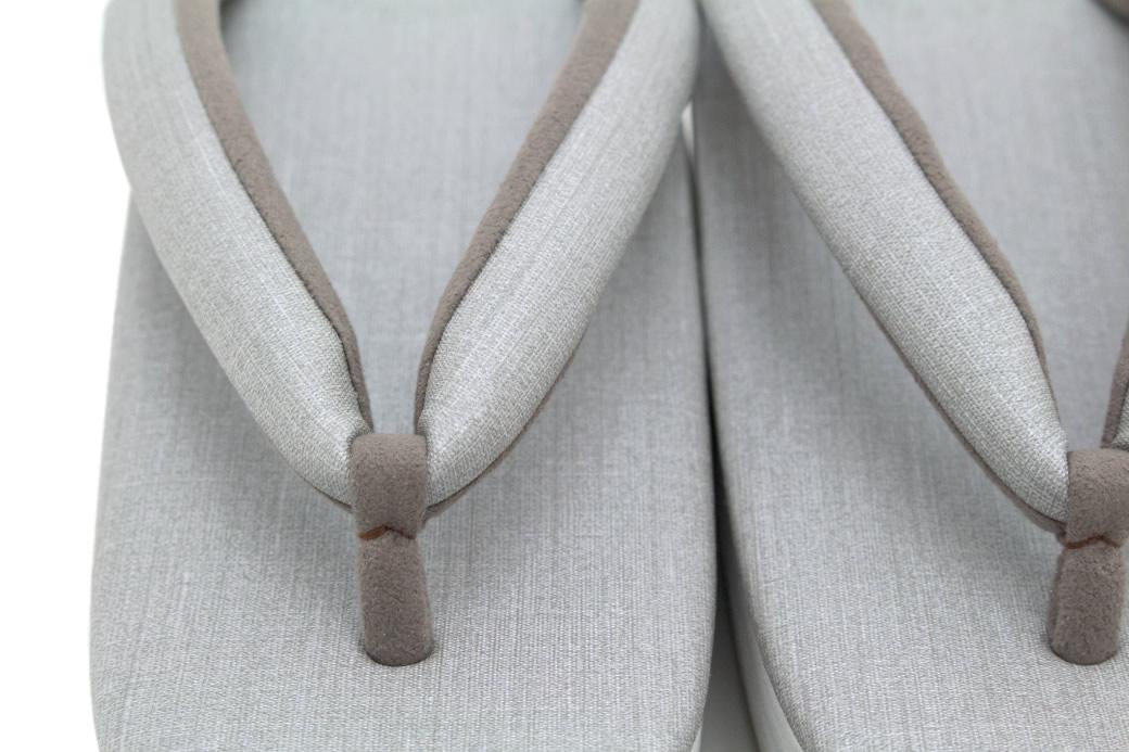 セミフォーマルな着物にオススメなレディース草履